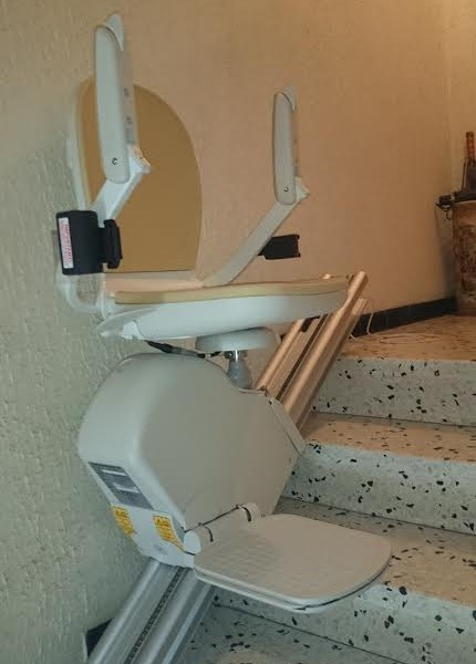 siège monte-escaliers acorn